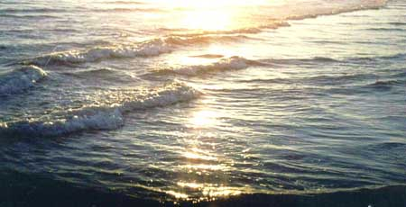 Glistening Waves by Deb Devito