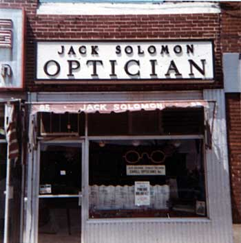 Solomon's Optician Shop, 1972