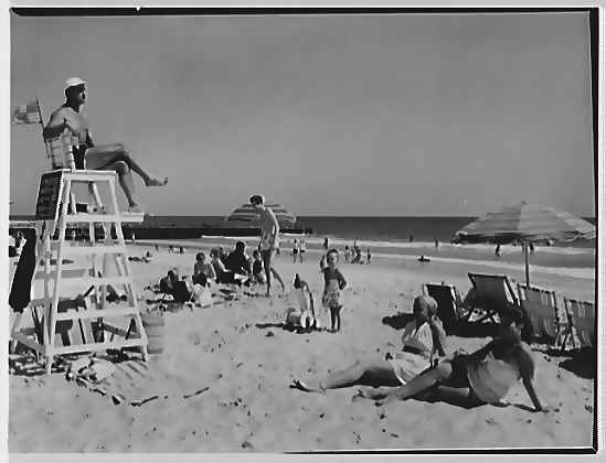 The Surf Club, 1947