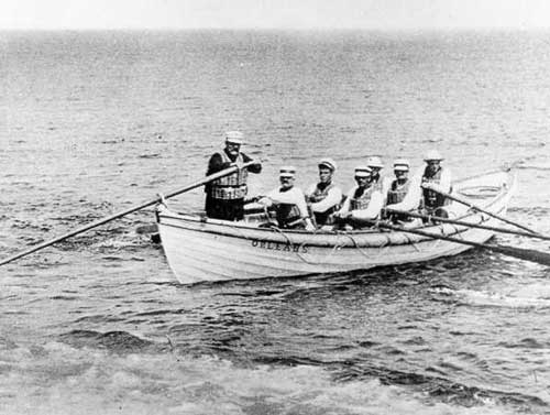 An early lifesaving crew, similiar to Long Beach's crew